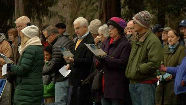 Many people attended sunrise services on Easter morning. (WFSB)