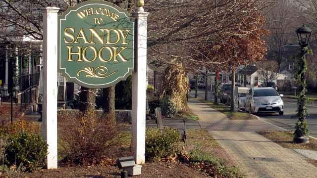 Sandy Hook, CT (AP Images)