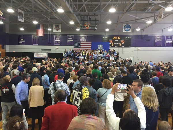 Hundreds attend Hillary Clinton campaign rally in Bridgeport. (WFSB)