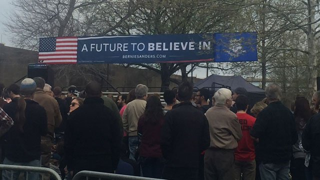 A crowd has started forming at the rally for Bernie Sanders in Hartford. (WFSB)