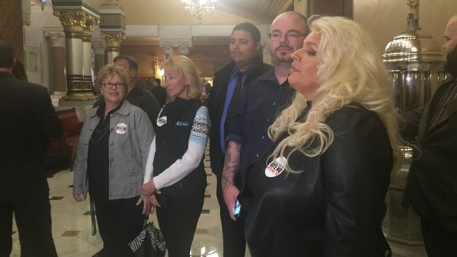 Beth Chapman visits State Capitol on Monday. (WFSB)