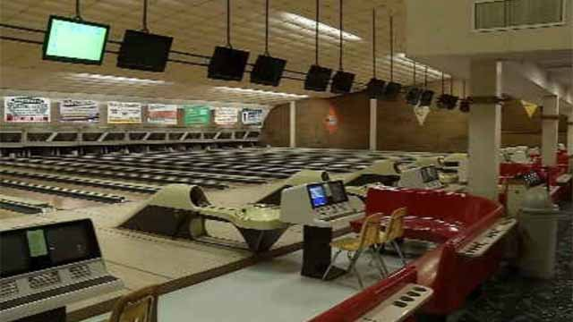 Sky Top Lanes closes after 50 years (WFSB)