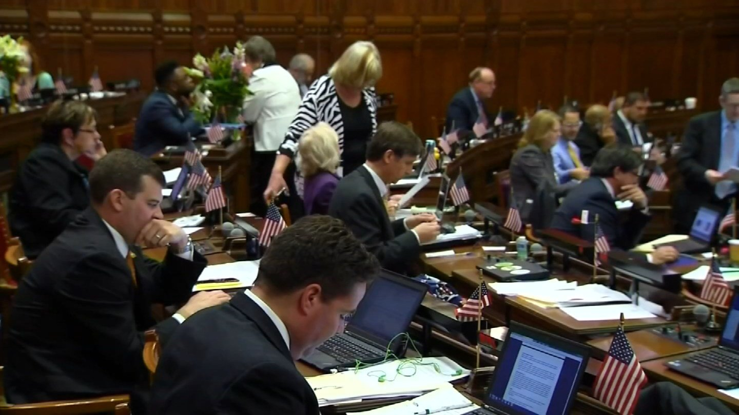 Lawmakers in the General Assembly. (WFSB photo)