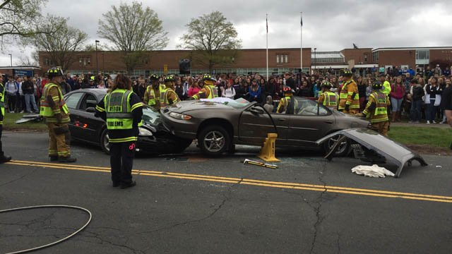 Students at Rockville High School gather for a mock crash. (WFSB photo)
