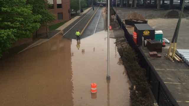 Water main break closes Capitol Ave in Hartford (Deputy Police Chief Brian Foley)