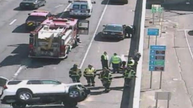 Crews are on the scene of a vehicle rollover on Interstate 95 in Bridgeport.(DOT)
