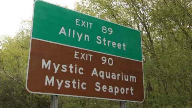 Signage change for Exit 89 to Mystic turned down (WFSB)