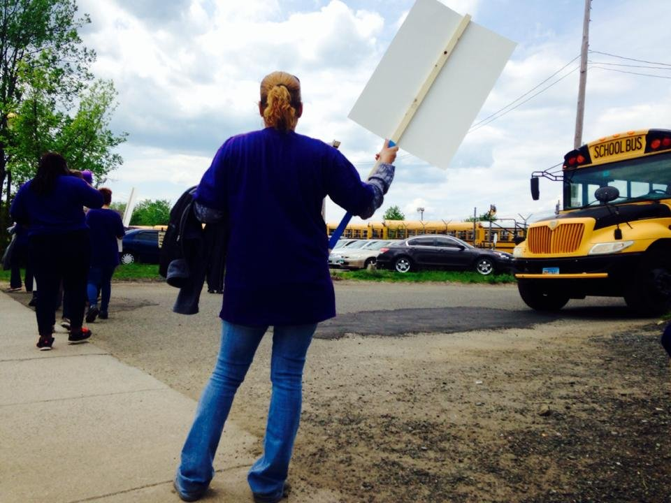 Bus drivers protest on Tuesday (WFSB)