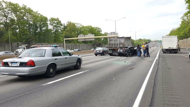 """State police told drivers to """"slow down, move over and expect delays."""" (CT State Police)"""