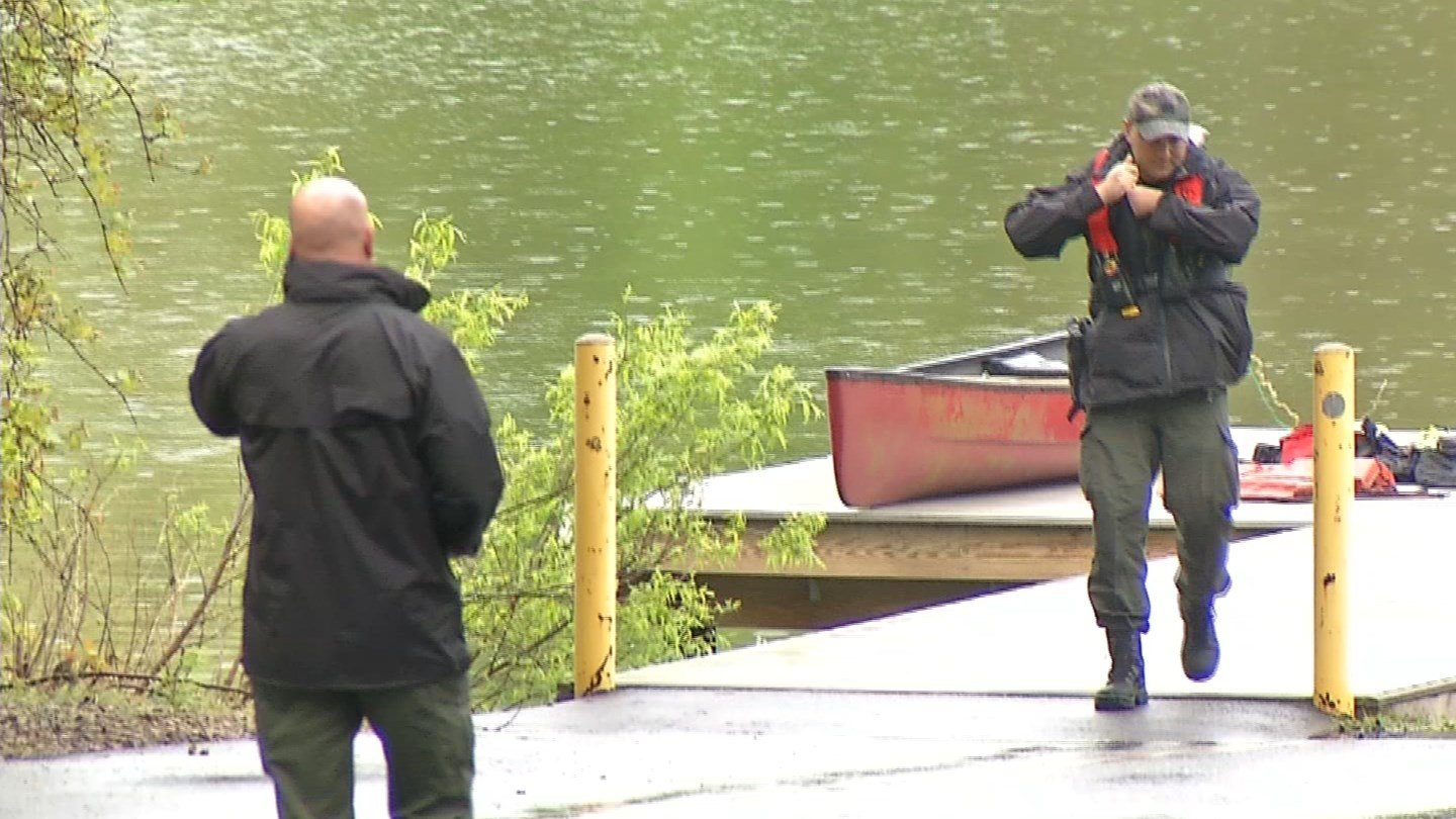 Man dies in boating accident near Lake of Isles (WFSB)