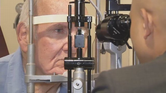 "Eyewitness News looks into latest procedure called ""DMEK"" surgery. (WFSB)"