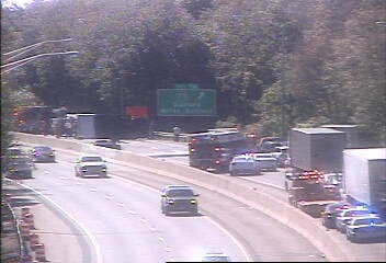A crash involving a tractor trailer has closed part of I-95 south in Guilford. (DOT)