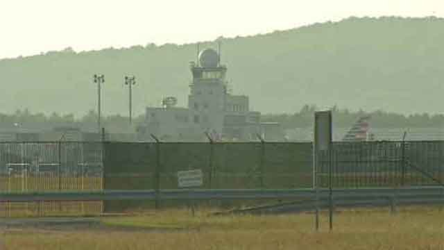 Bradley Airport withdraws application to build casino. (WFSB file)