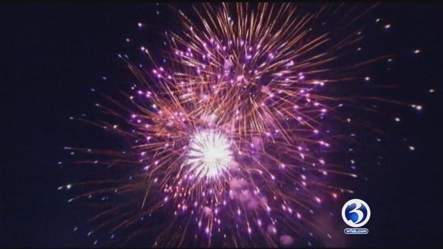 Middletown fireworks snarl traffic