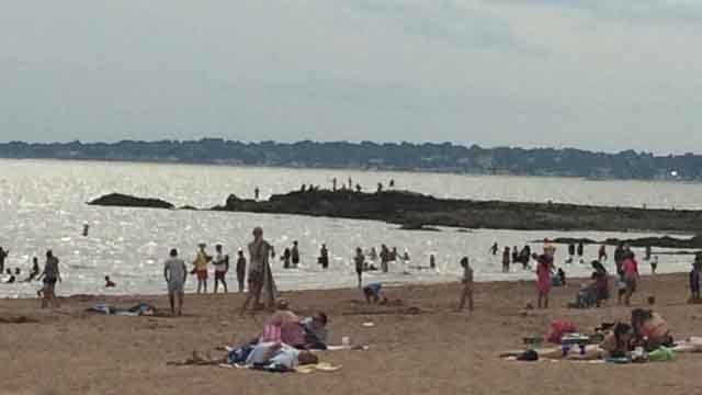 Crowds flocked to Lighthouse Point Park on Sunday. (WFSB)