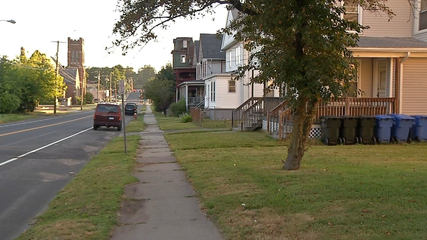 A domestic dispute turned into a stabbing on Cook Avenue in Meriden Monday morning. (WFSB photo)