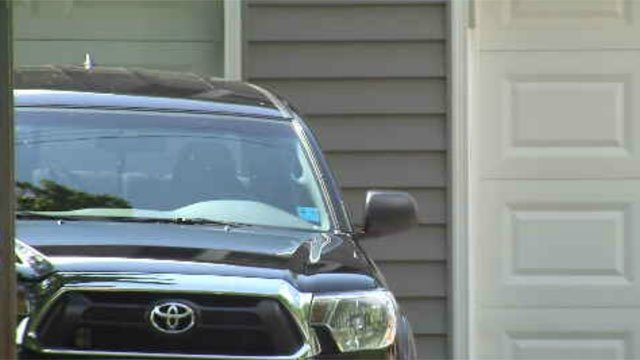 Police are advising drivers to keep their car doors locked. (WFSB)