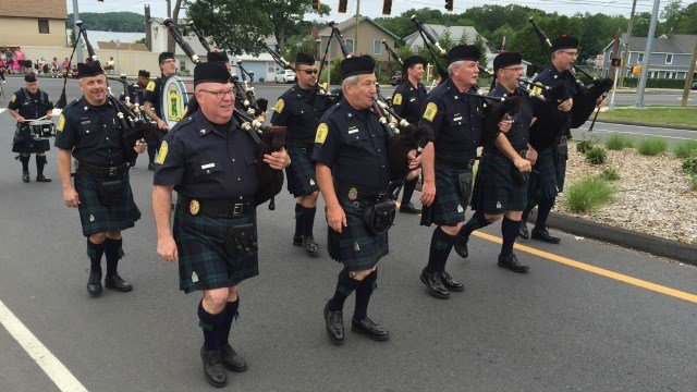 The Old Homes Parade was held in East Hampton Saturday. (WFSB)