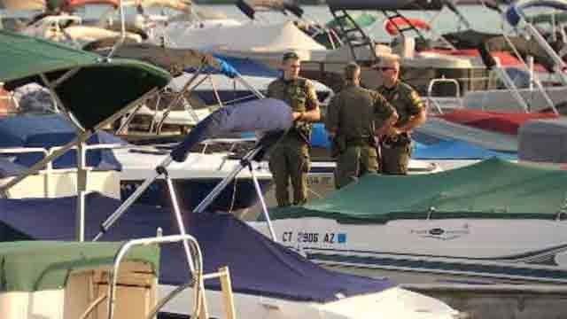 Three injured in Candlewood Lake boating accident (WFSB)