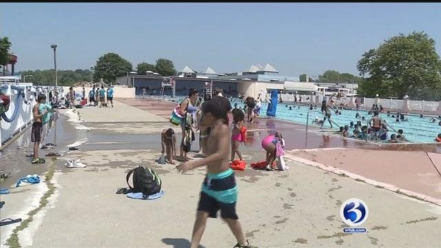 As the temperatures rise throughout the state, many are beat the heat by heading to the beach and pools in New London. (WFSB)