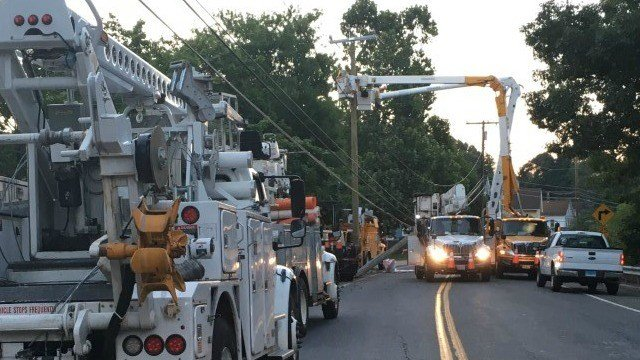 A car struck a utility pole which knocked out power to 990 Eversource customers early Monday morning (WFSB).