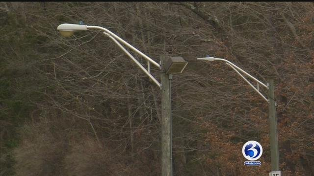 Doctors are explaining the health effects LED lights have on us. (WFSB)