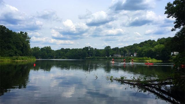 Tubing on the Farmington River is slow and low (WFSB)