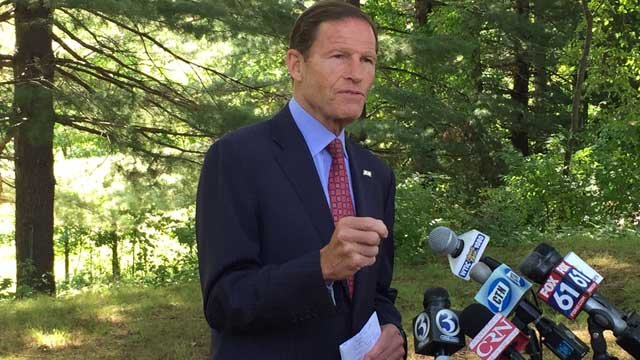 Sen. Richard Blumenthal pushes Congress for emergency action to combat Zika. (WFSB photo)