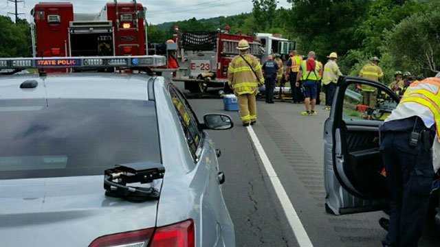Crash closes Route 7 in Brookfield. (CT State Police)