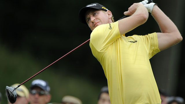 Vaughn Taylor hits his tee shot on the 18th hole during the third round of the Travelers Championship golf tournament in Cromwell, Conn., on Saturday, June 26, 2010. Taylor finished the round in third place at 11-under par. (AP Photo/Fred Beckham)