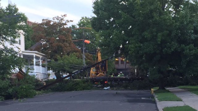 Tree removal crews were hard at work on Home Avenue in Middletown Friday morning. (WFSB photo)