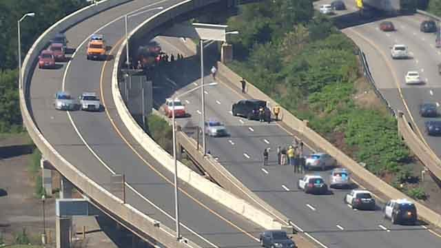 A shooting was reported on I-84 east in Hartford Friday morning. (Chris Z/iWitness photo)