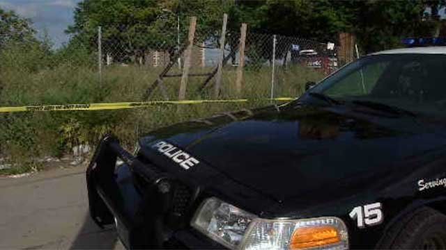 A man's body was found in a field in Hartford on Tuesday. (WFSB)