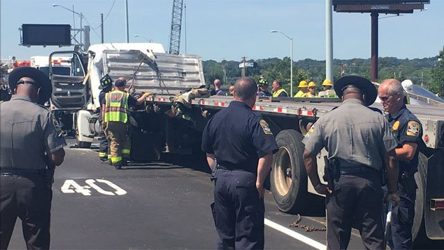 I-95 is closed between exits 44 and 43 after a tractor-trailer crash on Wednesday. (CT State Police)