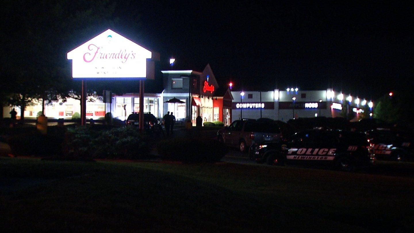 Two men tried to rob the Friendly's on the Berlin Turnpike in Newington Thursday night, according to police. (WFSB photo)