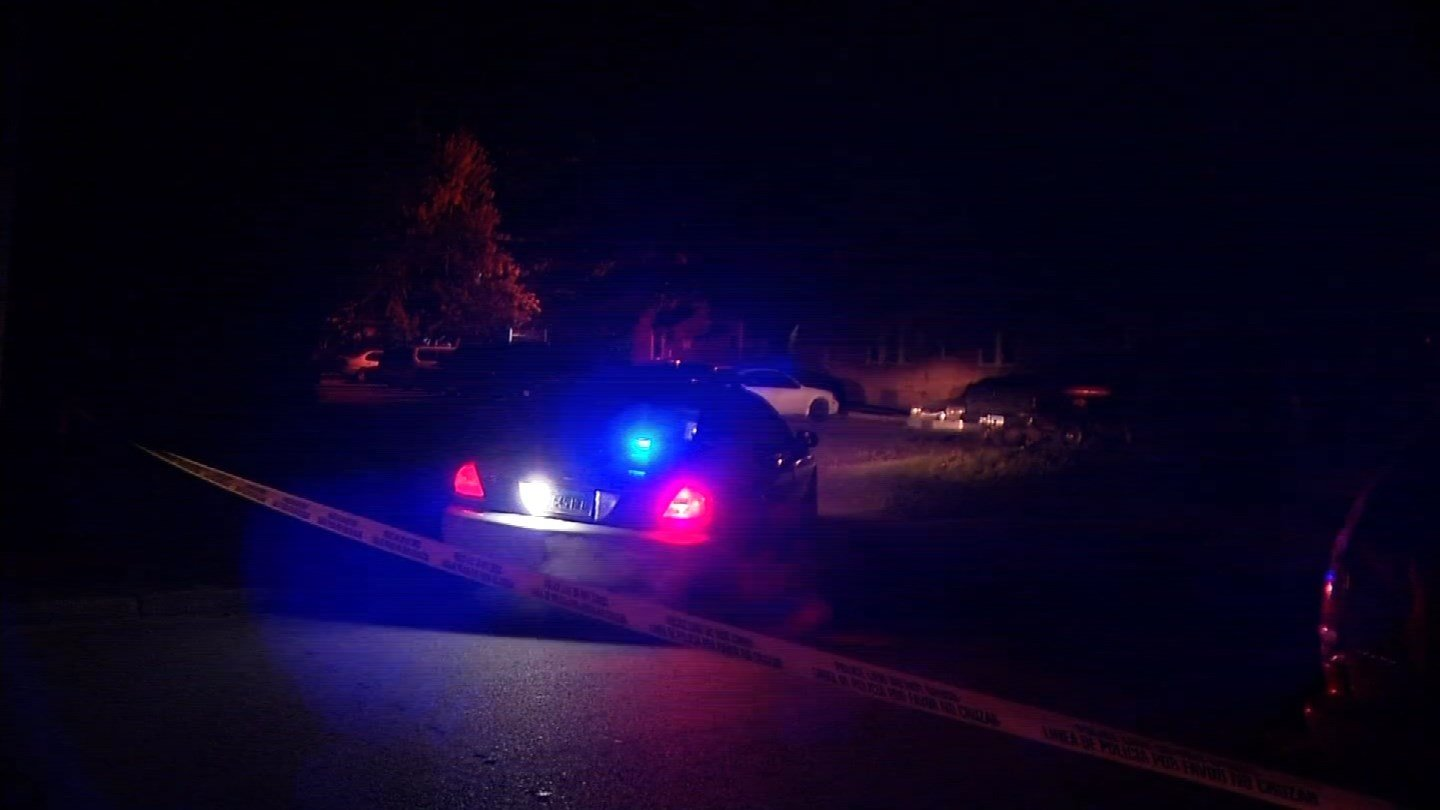 Neighbors reported hearing shots on James Street in Hartford. (WFSB photo)