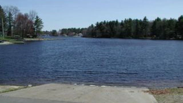 Pachaug Pond in Griswold. (DEEP photo)