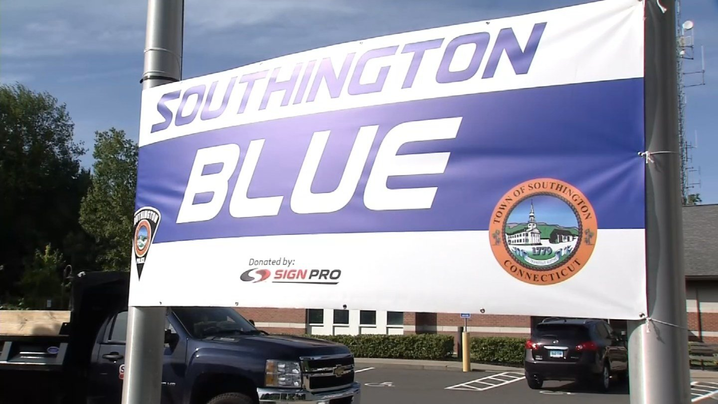 The town of Southington is going blue to support its police officers. (WFSB photo)