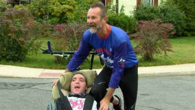 Kevin Toomey and Greg Salavka will compete in the Hartford Marathon (WFSB)