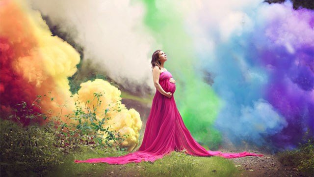 This Connecticut mother, who struggled to get pregnant, celebrated her baby to be while remembering the babies she lost in an epic photo shoot. (From Labor to Love and Pebbles & Polkadots)