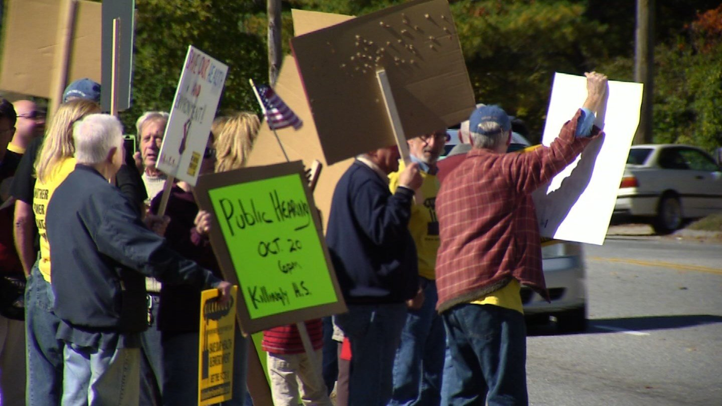 Protest held Monday over proposed Power Plant in Killingly. (WFSB)
