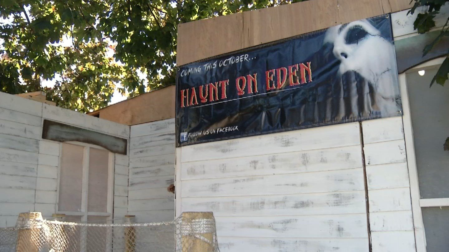 Southington man prepares to make his home into a haunted house for Halloween. (WFSB)