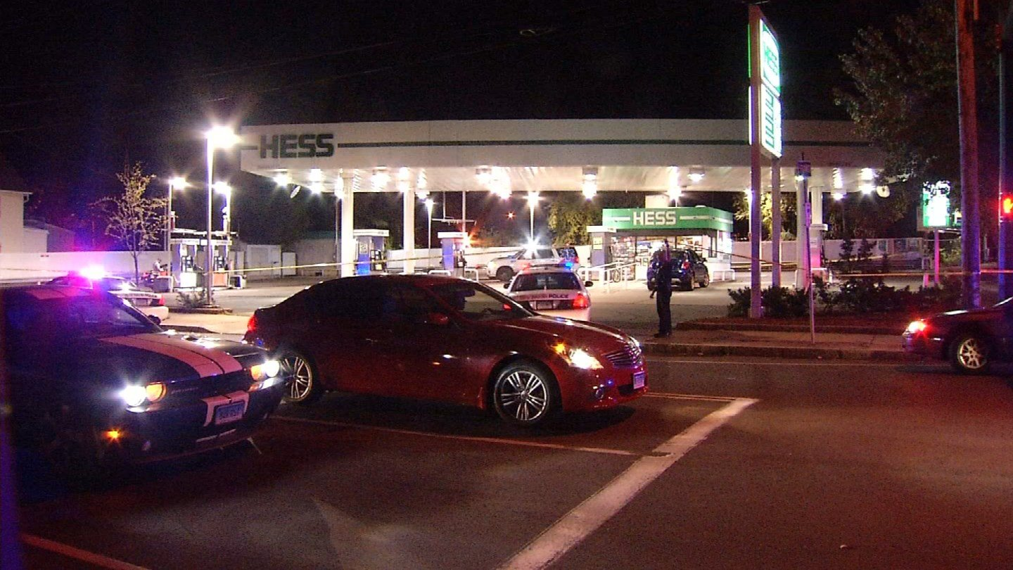 Police are investigating a double shooting on Ferry Street in New Haven. (WFSB photo)