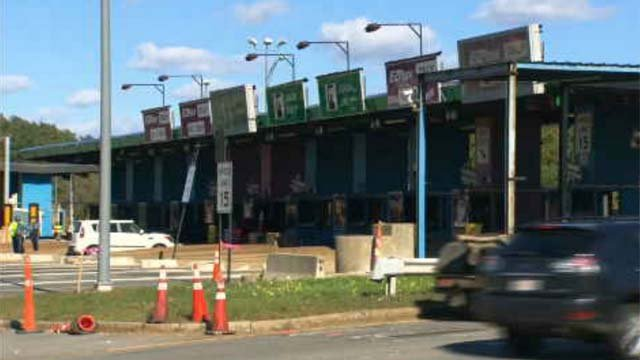 Cash toll booths along Mass Pike will soon be a thing of the past (WFSB)