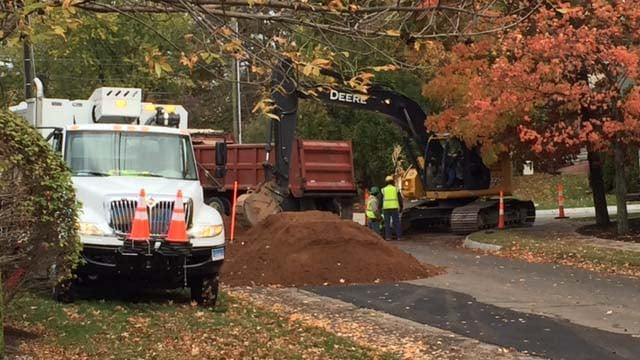 A gas leak has shut down Merline Road in Vernon. (WFSB photo)