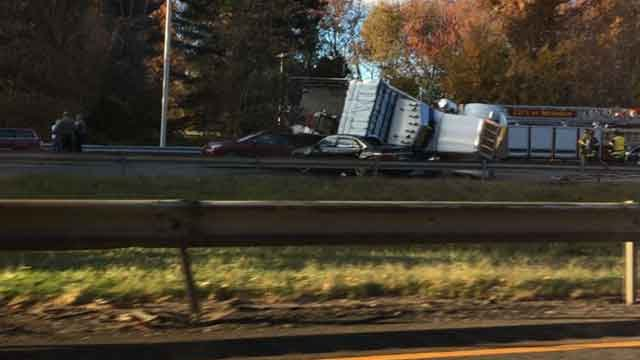 The multiple-vehicle crash was reported on the southbound side of I-91 near exit 17 on Friday afternoon. (Denise Jesko)