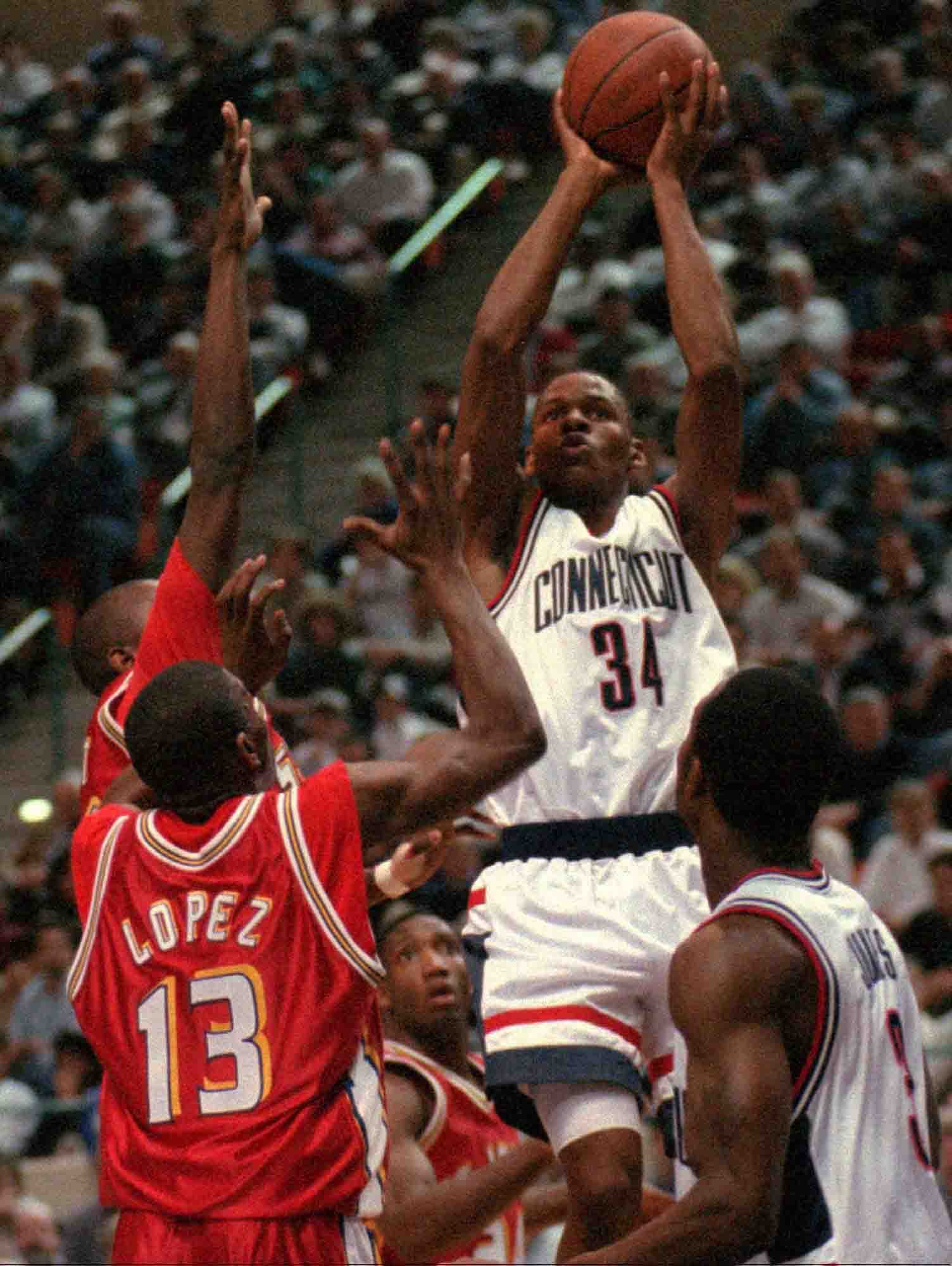 Ray Allen as a UConn Husky in 1996. (AP photo)