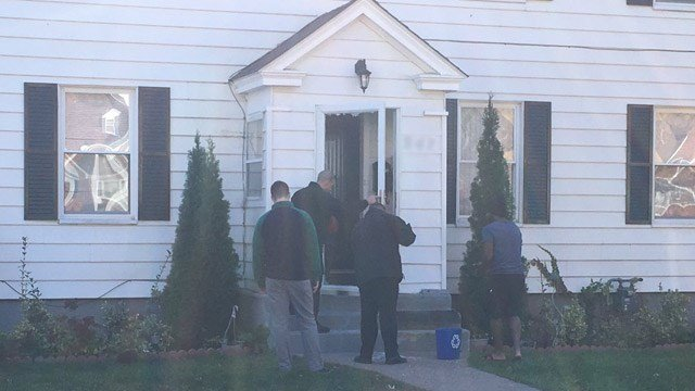 Hartford police returned to the scene where a 10-year-old girl was shot. (WFSB photo)