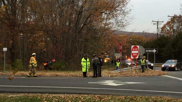 A one-car crash closed the exit 20 ramp on I-91 north in Middletown. (WFSB photo)
