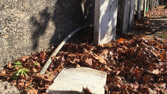 A historic cemetery in Wallingford was hit by vandals and the damage isn't the only thing the suspects left behind. (WFSB)